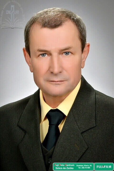 Bicsánszky József igazgató