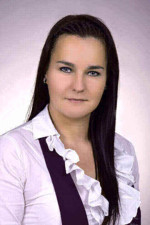 Holecska Mirjam - tanár