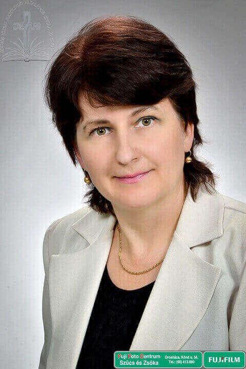 Tompáné Mochnánszki Erzsébet – tanár