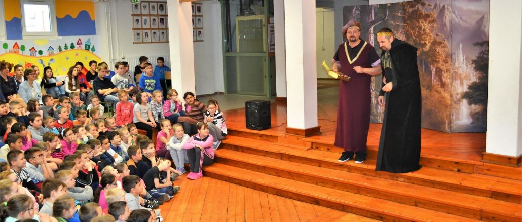 Mandula Színház előadása
