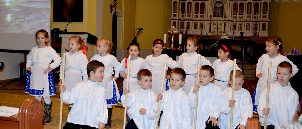 Karácsonyi műsor a katolikus templomban 2013