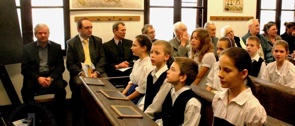 A Katolikus iskolatörténeti emlékszoba megnyitója