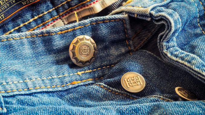 jeans-2979818_1280