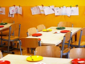 kindergarten-2456159_1280