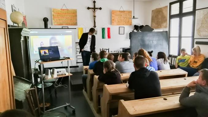Rendhagyo irodalomora-eotvosoh-2019-04-11_0003