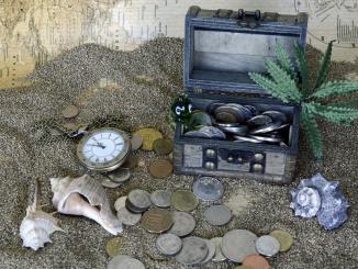 treasure-chest-1637389_1920