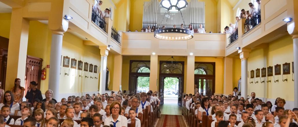 Evnyito-katolikus-templom